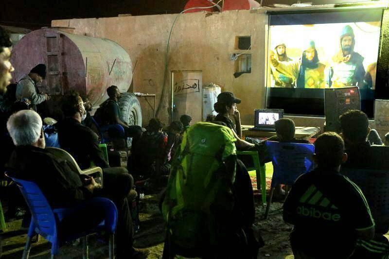استقبال جوانان عراقی از «مختارنامه» در نجف