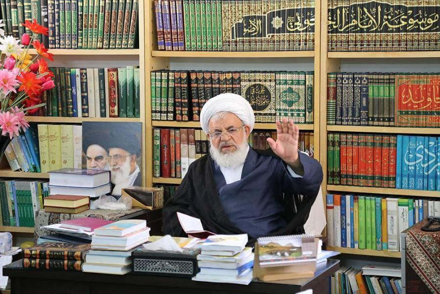 امام جمعه یزد: شاعران ترسیم کننده خوبی ها در جامعه باشند