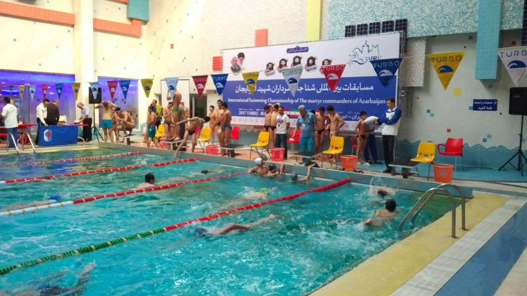 آغاز مسابقات بین المللی شنا پسران در تبریز