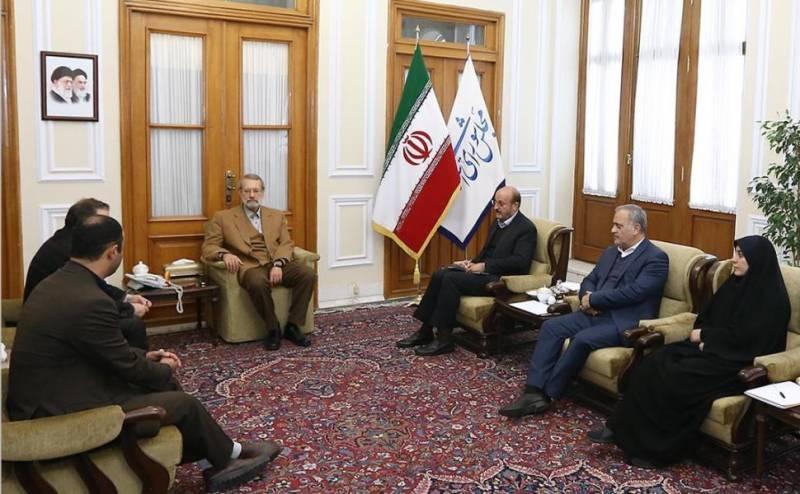 لاریجانی: اصلاح وضعیت اقتصادی کشور نیازمند تقویت صادرات است