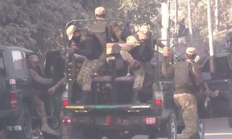 افزایش تعداد قربانیان حمله به دانشگاه پیشاورپاکستان/ 9 کشته و35 زخمی