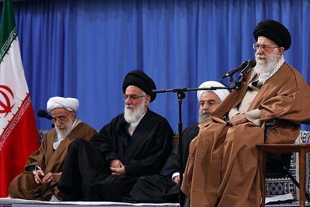 رهبر انقلاب: میخواهند در منطقه جنگ راه بیندازند