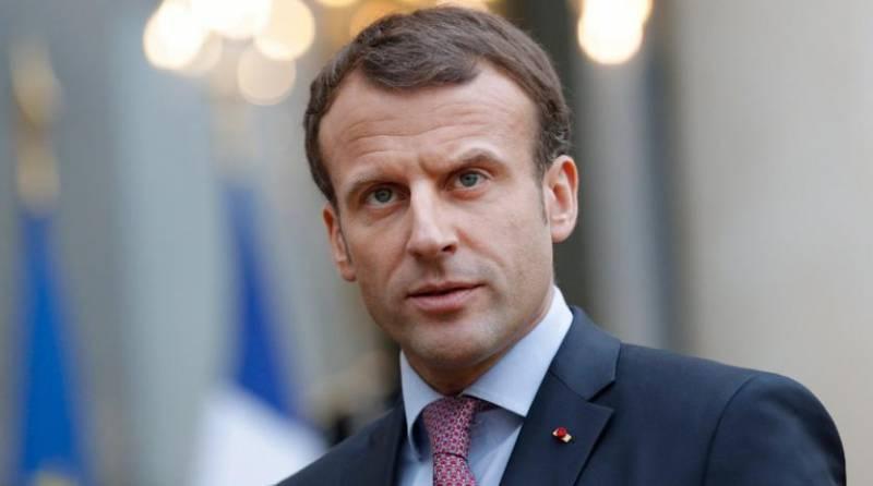 دیدار رئیس جمهوری فرانسه از الجزایر/الجزایری ها همچنان خواستار عذرخواهی فرانسه