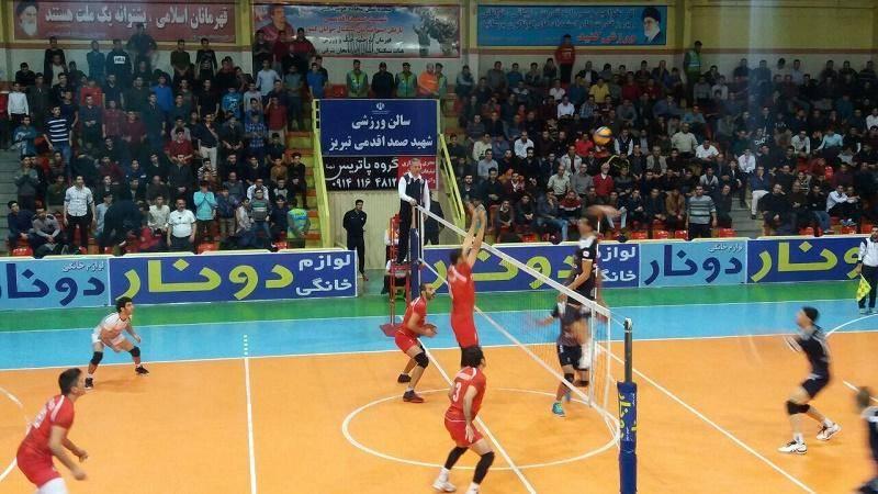 پیروزی تیم والیبال شهرداری تبریز مقابل شهرداری ورامین