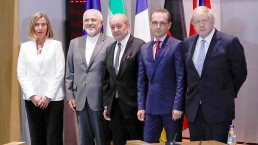 وزیر امور خارجه ی جمهوری اسلامی در دیدار با مقامات سه کشور اروپایی بر تضمین ادامه ی برجام تاکید کرده است، اروپائی ها اما می گویند هر چند خوش بین هستند، اما تصمینی در کار نیست