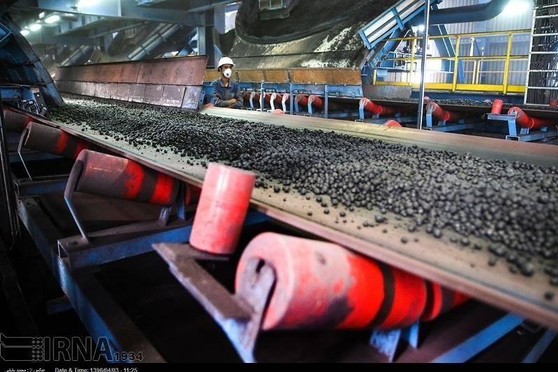 معاون وزیر صنعت: نگران اجرای تحریم ها در بخش معدن نیستیم