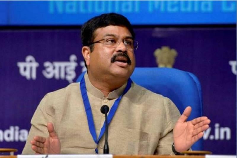 وزیر نفت هند: معافیت از تحریم، به نفع خریداران نفت ایران است