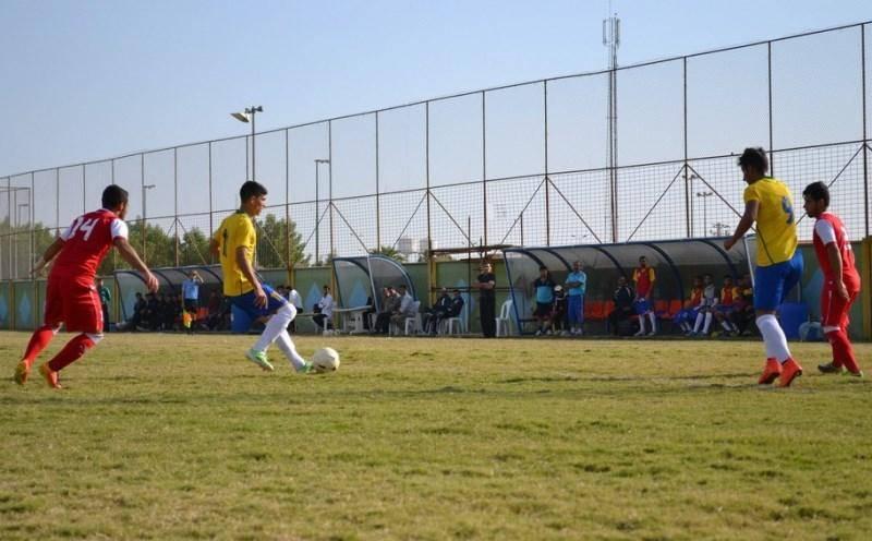 تیم فوتبال نفت آبادان در لیگ برتر امید برابر حریفش متوقف شد