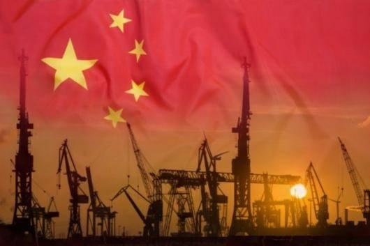 دست یافتن به تصویری شفاف از ساختار اقتصادی و اجتماعی چین کار ساده ای نیست. در این کشور با رشد اقتصادی کم سابقه، حزب کمونیست حرف اول و آخر را می زند و به همین دلیل آنچه در باره ی چین در رسانه های جهان بازتاب پیدا می کند از منشور نگاه دوستان، منتقدان و دشمنان آن گذشته است. در آستانه ی ۷۰ سالگی چین مدرن، سه مقاله از نگرش های متفاوت را انتخاب کرده ایم