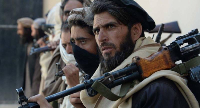 اکونومیست: صلح در افغانستان نباید حاکمیت قرون وسطی طالبان را احیا کند