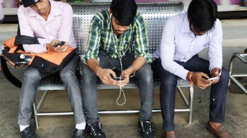 هند دسترسی مردم به شبکههای اجتماعی چینی را محدود میکند