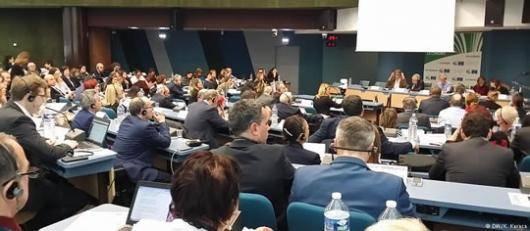 اعضای پارلمان اروپا قطعنامه ای را تصویب کردند که در آن با انتقاد از وضعیت حقوق بشر در ایران از مقامات این کشور خواستند تا درباره وضعیت حقوق بشر در این کشور پاسخگو باشند و فعالان حقوق بشر را آزاد کنند