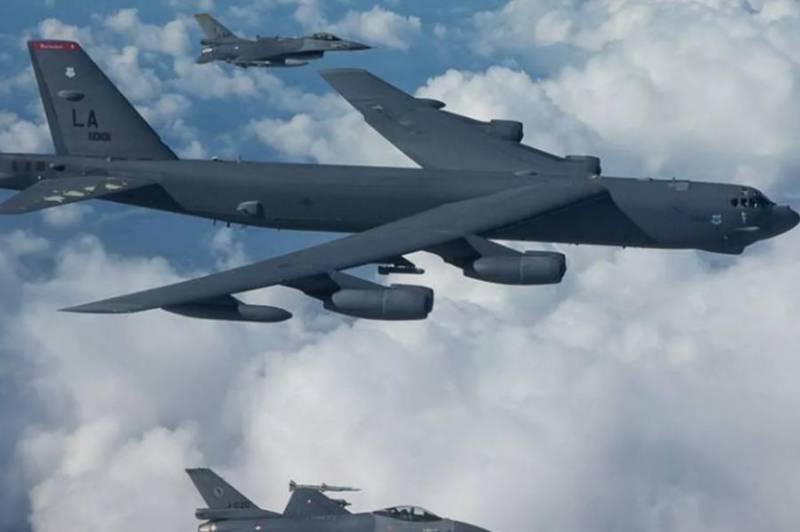 پرواز بمب افکن هسته ای آمریکا در نزدیکی مرزهای روسیه