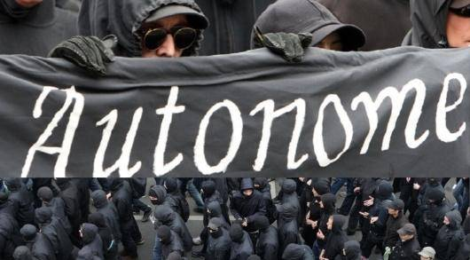 اعتصاب، سلاح کارگر برای متوقفساختن چرخِ کار است ولی اعتصابِ قانونی دارای چنین ظرفیت و ویژگیای نیست، بلکه به بازتولید قدرتِ سرمایه در کشورهای غربی نیز منجر شده است، جنبشهای مختلف اجتماعی در دهههای اخیر نیز با قانونیسازی خود به چنین سرنوشتی دچار شدهاند. بنابراین آتونومیستها از اعتصابات وحشی و بدون هشدار و غیرقانونی بیرون از اتحادیهها حمایت میکنند