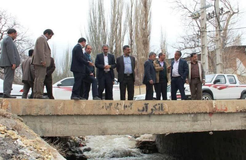 بازدید معاون عمرانی استاندار یزد از محدوده سیلاب ده بالا تفت