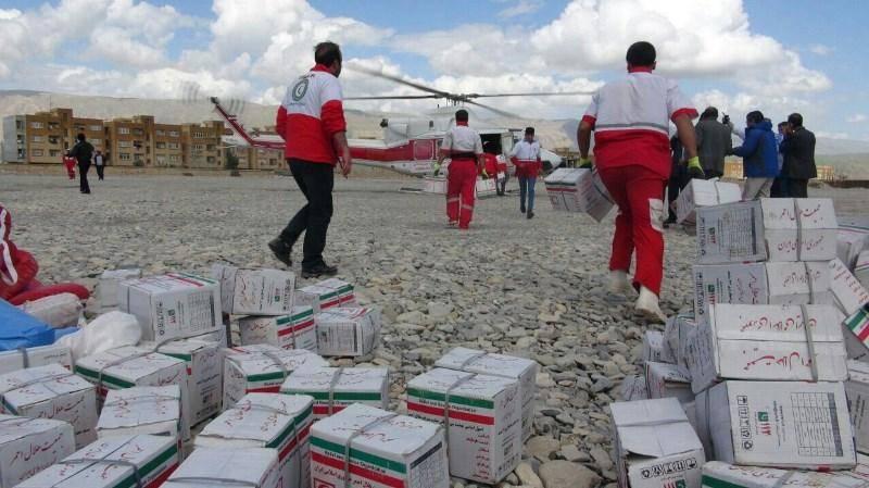 هلال احمر ایلام به پنج هزار و 334 سیل زده امداد رساند