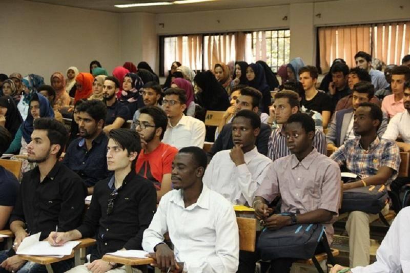 بودجهای برای ترغیب متقاضیان تحصیل در ایران پیشبینی شد