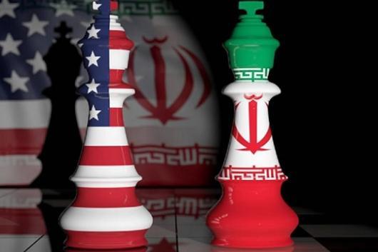 سخنگوی وزارت خارجه پیشنهاد پمپئو را «بازی با کلمات» خواند و حسن روحانی گفت برای مذاکره، آمریکا باید به «شرایط عادی» باز گردد