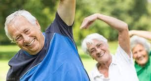 کاهش احساس شادمانی در میان سالمندان