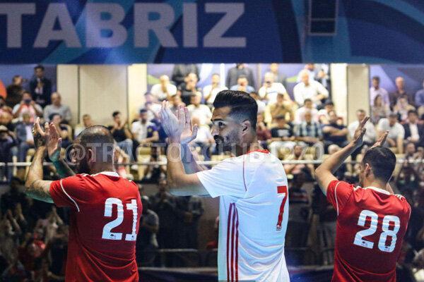 فدراسیون فوتبال: به باشگاه تراکتور لباس نفروختهایم